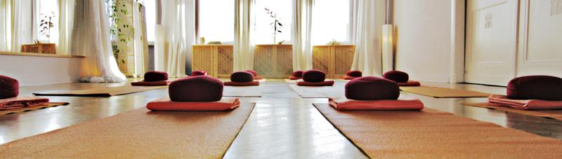 Raum-in-Berlin-Mieten-Yoga
